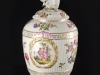 c1770-royal-porcelain-factory-berlin-kpm-lidded-urn-01_02