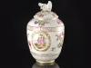 c1770-royal-porcelain-factory-berlin-kpm-lidded-urn-01_01