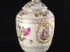 c1770-royal-porcelain-factory-berlin-kpm-lidded-urn-01_03